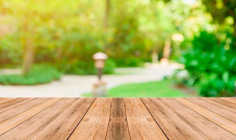 איך בונים דק מעץ בגינה במרפסת